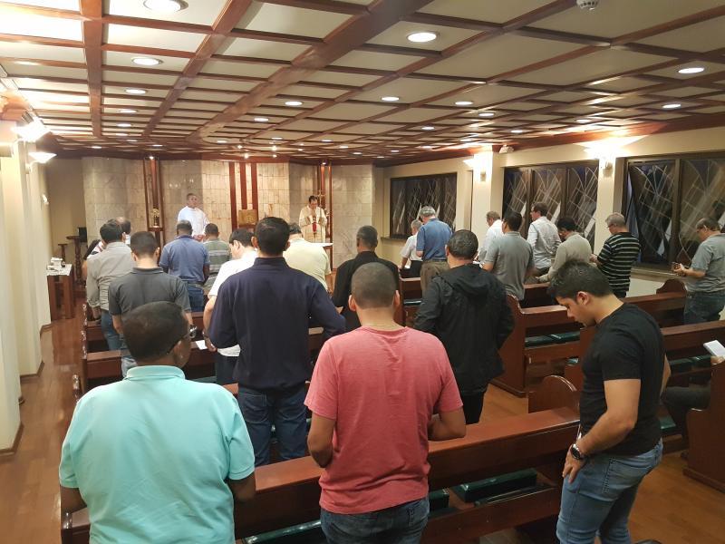 Eucaristia, centro da vida da Comunidade