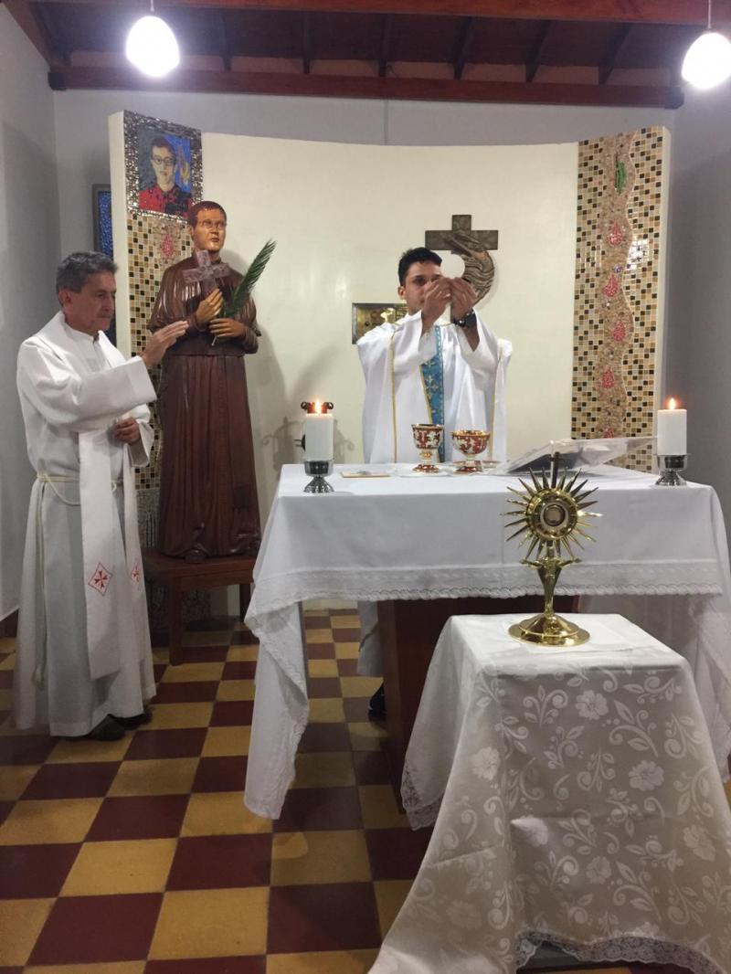 Padre Tiago Almeida visita Noviciado Interprovincial