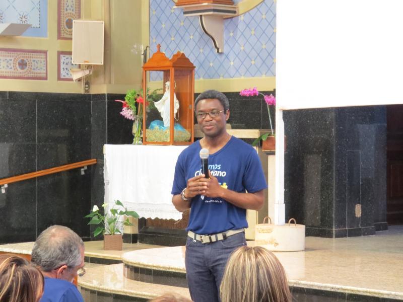 Pe. Henry Omonisaye faz visita generalícia no Claretiano - Centro Universitário de Batatais