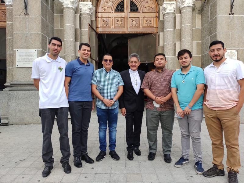 Início do Noviciado Jesus Aníbal Gómez (Medellín, Colômbia)