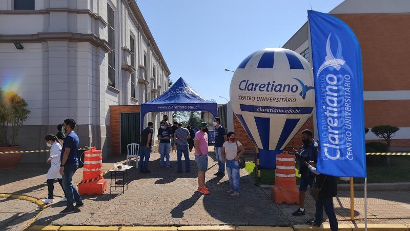 Claretiano, em Batatais, participa de ação e imuniza quase duas mil pessoas contra a COVID